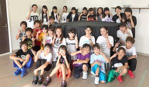 参加者29名のメンバー写真